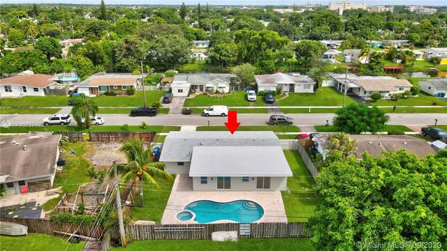 6118 Hogan Creek Rd, Margate, FL 33063 (MLS #A10927422) :: Re/Max PowerPro Realty