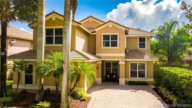 1816 Harbor View Cir, Weston, FL 33327 (MLS #A10927951) :: United Realty Group