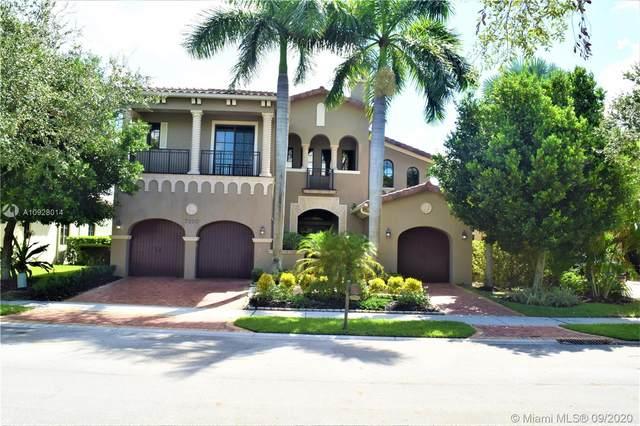 7220 Wisteria Ave, Parkland, FL 33076 (MLS #A10928014) :: Re/Max PowerPro Realty