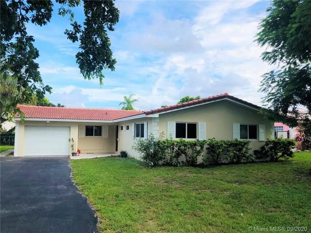 4129 NW 78th Ln, Coral Springs, FL 33065 (MLS #A10928044) :: Albert Garcia Team
