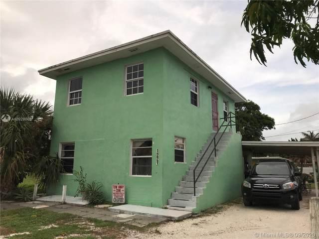 1221 Miner Rd, Lantana, FL 33462 (MLS #A10928066) :: Carole Smith Real Estate Team