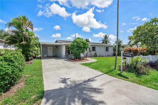 4860 SW 45th Ave, Dania Beach, FL 33314 (MLS #A10928072) :: Berkshire Hathaway HomeServices EWM Realty