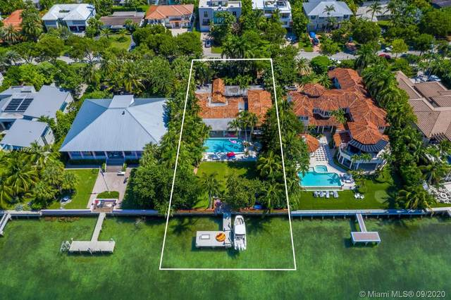 290 Harbor Dr, Key Biscayne, FL 33149 (MLS #A10928344) :: The Paiz Group
