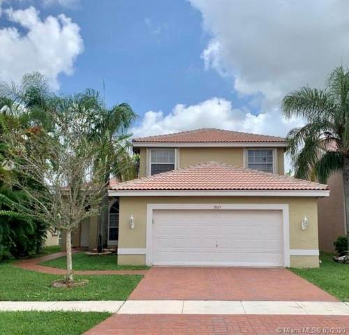 18169 SW 3rd St, Pembroke Pines, FL 33029 (MLS #A10928370) :: The Howland Group