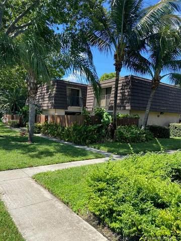 7716 77th Way, West Palm Beach, FL 33407 (MLS #A10928581) :: Berkshire Hathaway HomeServices EWM Realty