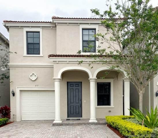 671 NE 193 Rd St, Miami, FL 33179 (MLS #A10928781) :: Lucido Global