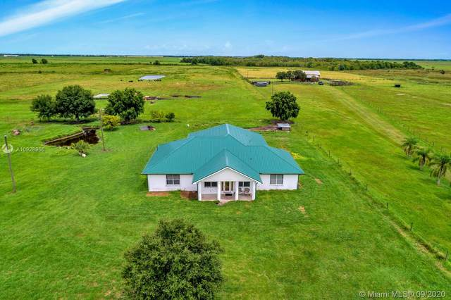 1455 NW 160th St, Okeechobee, FL 34972 (MLS #A10928956) :: Berkshire Hathaway HomeServices EWM Realty