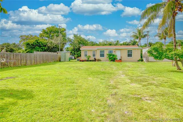 255 SW 13th St, Dania Beach, FL 33004 (MLS #A10929017) :: Berkshire Hathaway HomeServices EWM Realty