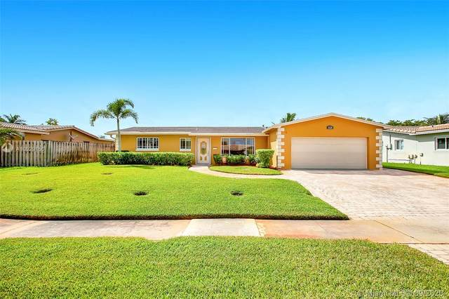 8520 NW 23rd St, Pembroke Pines, FL 33024 (#A10929150) :: Real Estate Authority