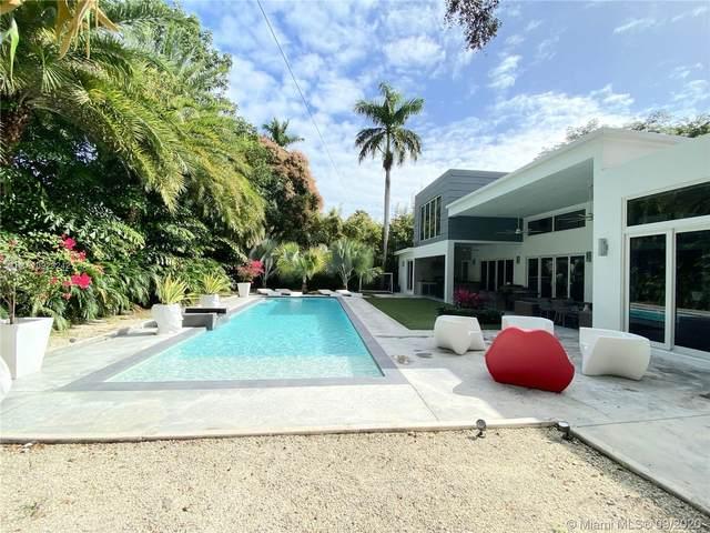 3925 Leafy Way, Miami, FL 33133 (MLS #A10929242) :: The Riley Smith Group