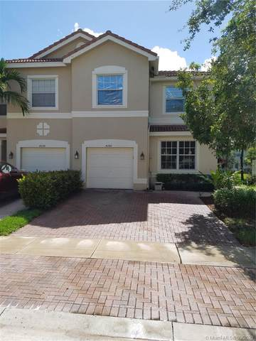 4286 SW 124th Ter, Miramar, FL 33027 (MLS #A10929292) :: Laurie Finkelstein Reader Team