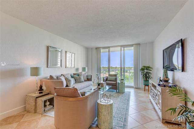 19380 Collins Ave #518, Sunny Isles Beach, FL 33160 (MLS #A10929486) :: The Riley Smith Group