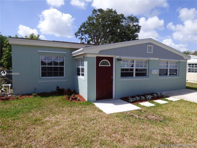 1658 NE 175th St, North Miami Beach, FL 33162 (MLS #A10930030) :: The Jack Coden Group