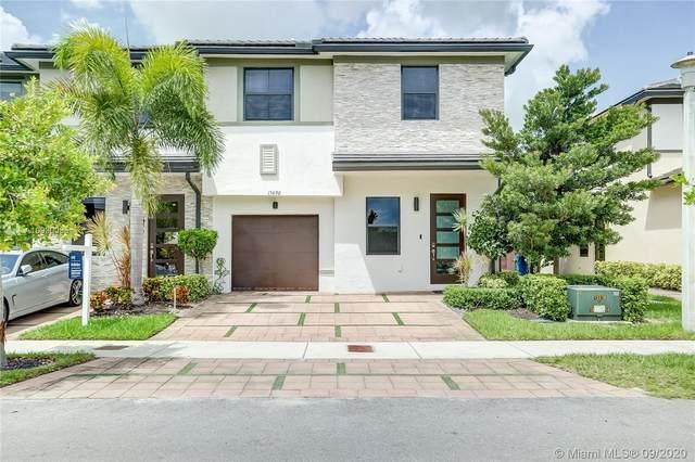 15690 NW 91st Ct #15690, Miami Lakes, FL 33018 (MLS #A10930085) :: Miami Villa Group