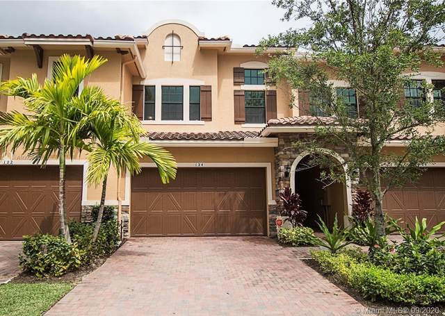 124 SW 127th Ter #124, Plantation, FL 33325 (MLS #A10930183) :: Albert Garcia Team