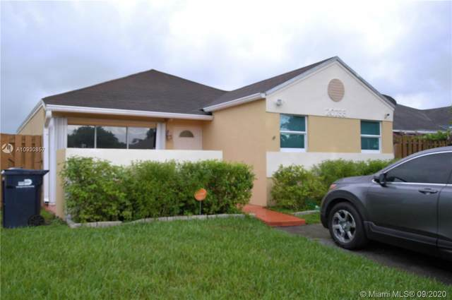 20733 SW 103rd Ave, Cutler Bay, FL 33189 (MLS #A10930857) :: Miami Villa Group