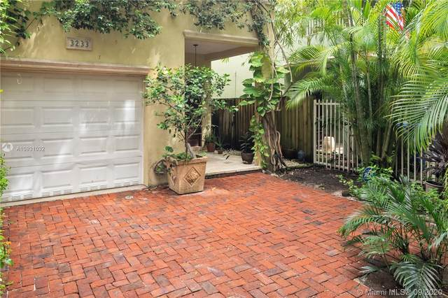 3233 Gifford Ln #3233, Coconut Grove, FL 33133 (MLS #A10931032) :: Ray De Leon with One Sotheby's International Realty