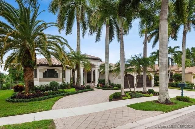 2533 Montclaire Cir, Weston, FL 33327 (MLS #A10931485) :: GK Realty Group LLC