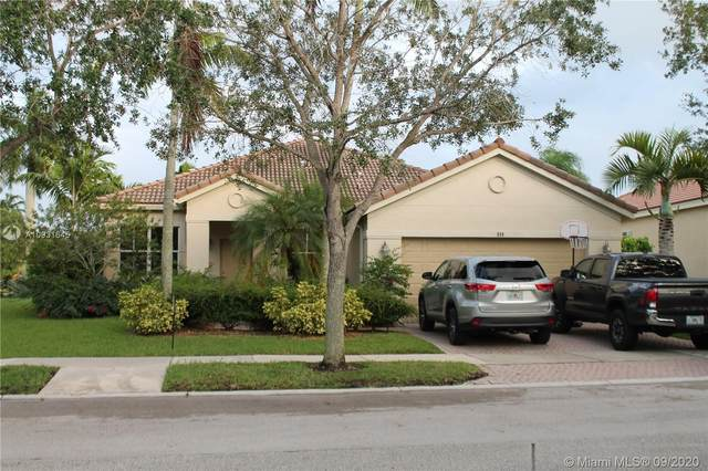 808 Tulip Cir, Weston, FL 33327 (MLS #A10931645) :: Carole Smith Real Estate Team