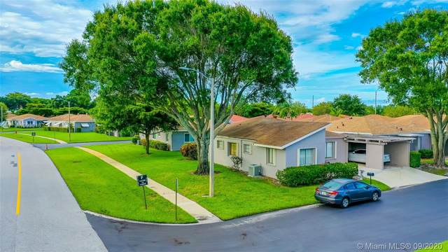 14796 Wildflower Ln, Delray Beach, FL 33446 (MLS #A10932167) :: The Pearl Realty Group
