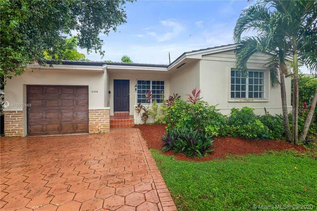 5305 Red Rd, Coral Gables, FL 33146 (MLS #A10932469) :: The Jack Coden Group