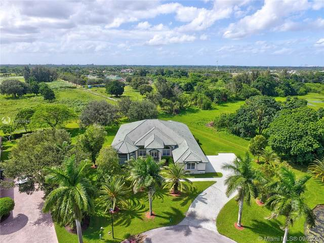 2141 SW 120th Ter, Davie, FL 33325 (MLS #A10932844) :: Berkshire Hathaway HomeServices EWM Realty