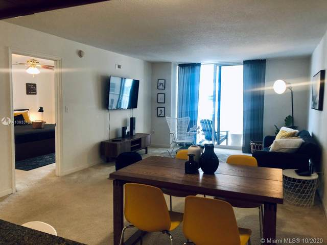 1200 Brickell Bay Dr #1707, Miami, FL 33131 (MLS #A10933125) :: Prestige Realty Group