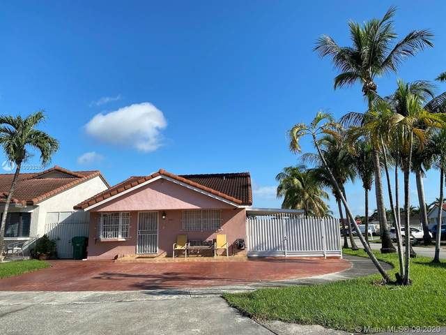 8991 NW 115th St, Hialeah Gardens, FL 33018 (MLS #A10933286) :: The Riley Smith Group
