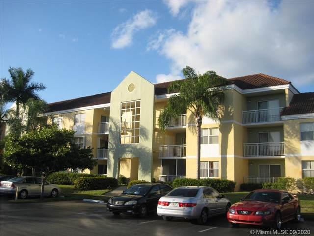 8600 SW 212th St #110, Cutler Bay, FL 33189 (MLS #A10933387) :: Carole Smith Real Estate Team