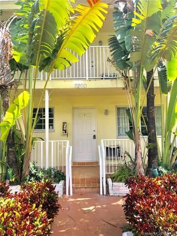 2220 Calais Dr #1, Miami Beach, FL 33141 (MLS #A10933483) :: The Jack Coden Group