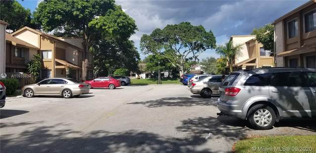 64 Wimbledon Lake Dr #64, Plantation, FL 33324 (MLS #A10933634) :: Green Realty Properties
