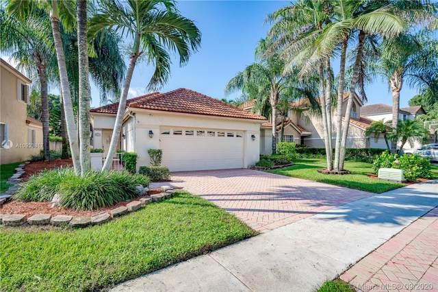 2650 Oak Park Cir, Davie, FL 33328 (MLS #A10933817) :: Green Realty Properties