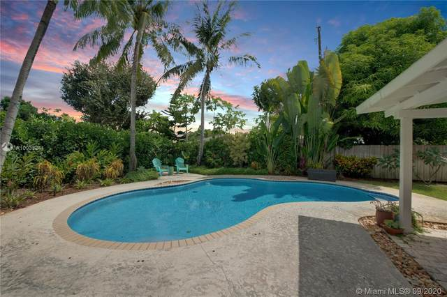 14641 SW 87th Ct, Palmetto Bay, FL 33176 (MLS #A10933841) :: The Jack Coden Group
