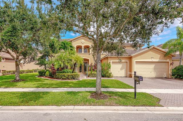 3752 W Coquina Way, Weston, FL 33332 (MLS #A10934566) :: The Pearl Realty Group