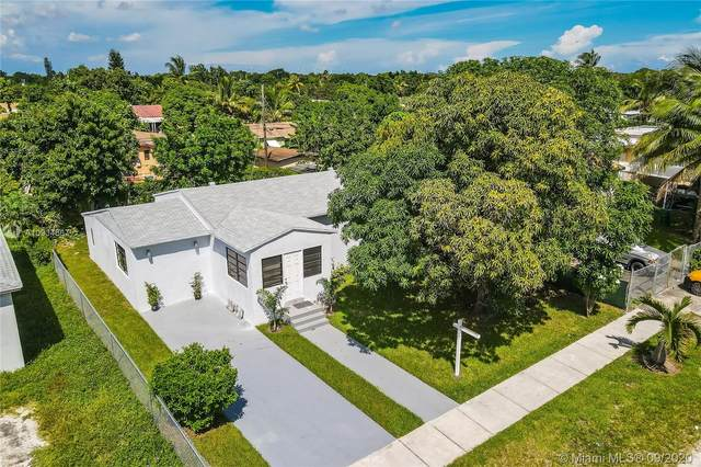 411 NW 104th St, Miami, FL 33150 (MLS #A10934567) :: The Howland Group