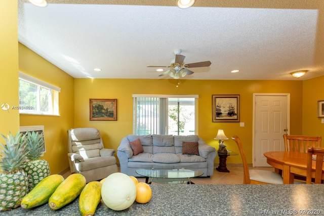 2515 Garfield St, Hollywood, FL 33020 (MLS #A10934602) :: Green Realty Properties