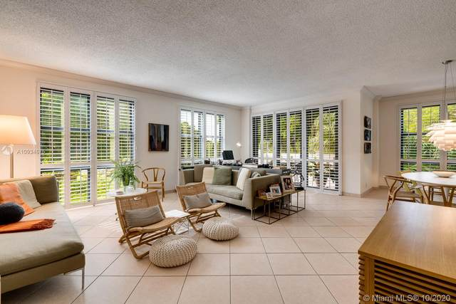 1121 Crandon Blvd E101, Key Biscayne, FL 33149 (MLS #A10934675) :: Berkshire Hathaway HomeServices EWM Realty