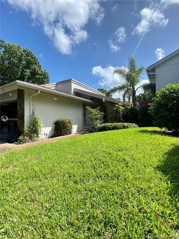 5 Foxfire Rd, Hollywood, FL 33021 (MLS #A10934764) :: Green Realty Properties