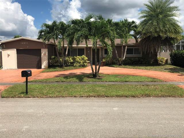 10911 Taft St, Pembroke Pines, FL 33026 (MLS #A10934893) :: Green Realty Properties