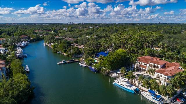 150 Edgewater Dr, Coral Gables, FL 33133 (MLS #A10935245) :: The Rose Harris Group