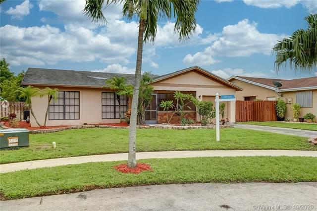 2516 NW 108th Ter, Sunrise, FL 33322 (MLS #A10935483) :: Berkshire Hathaway HomeServices EWM Realty