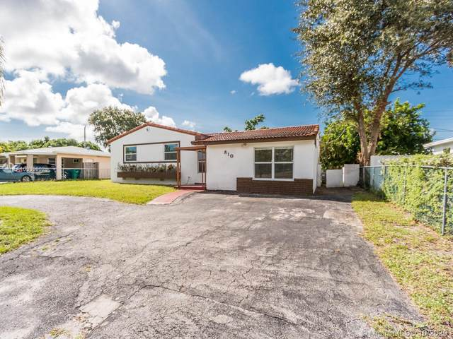 810 NE 175th St, Miami, FL 33162 (MLS #A10935902) :: Berkshire Hathaway HomeServices EWM Realty