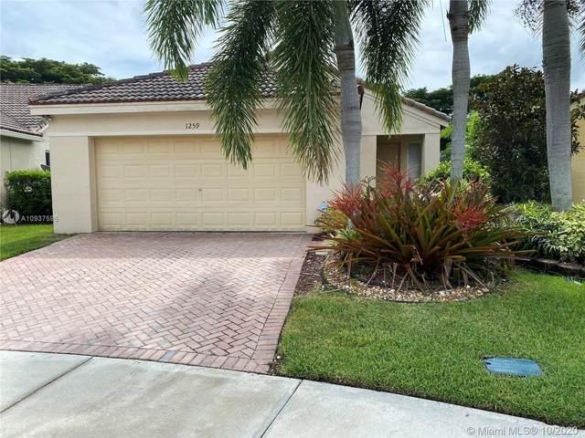 1259 Sabal Trl, Weston, FL 33327 (MLS #A10937596) :: Berkshire Hathaway HomeServices EWM Realty