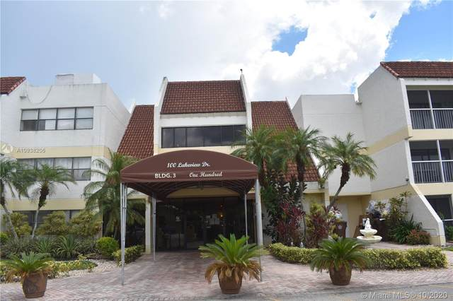 100 Lakeview Dr #307, Weston, FL 33326 (MLS #A10938206) :: ONE Sotheby's International Realty