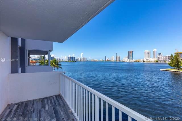 4000 NE 170th St #404, North Miami Beach, FL 33160 (MLS #A10938226) :: Carole Smith Real Estate Team
