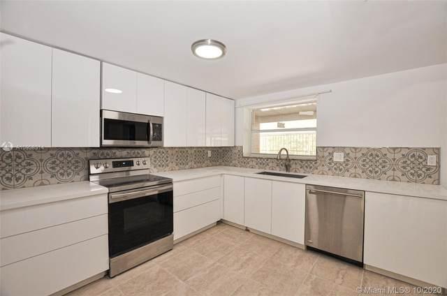 816 15th St, West Palm Beach, FL 33401 (MLS #A10938314) :: Berkshire Hathaway HomeServices EWM Realty