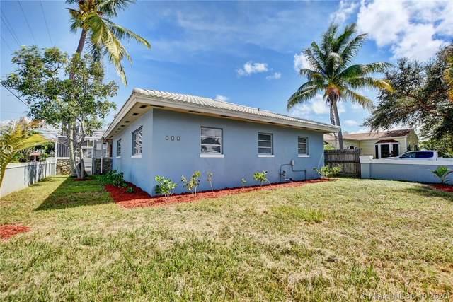 532 N Palmway, Lake Worth, FL 33460 (MLS #A10938702) :: Berkshire Hathaway HomeServices EWM Realty