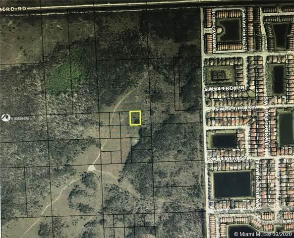 170xx SW 44 Street Lot, Miami, FL 33185 (MLS #A10939175) :: The Rose Harris Group