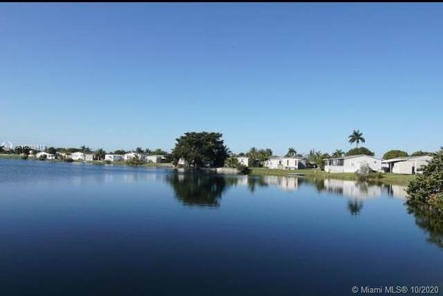 3010 SW 52nd Way, Davie, FL 33314 (MLS #A10939418) :: Equity Advisor Team