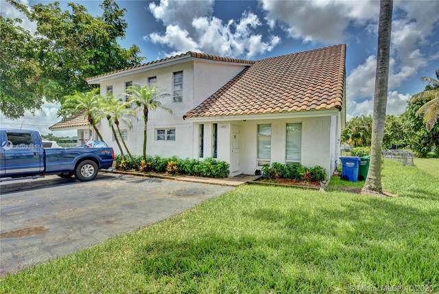 3910 NW 105th Ave, Coral Springs, FL 33065 (MLS #A10939511) :: Berkshire Hathaway HomeServices EWM Realty
